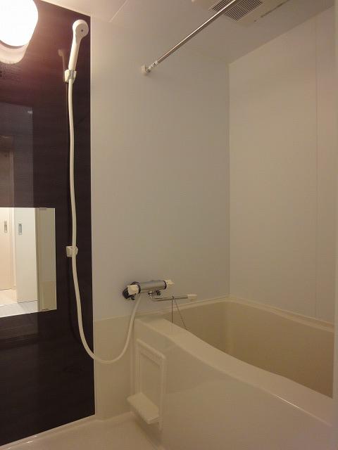 浴室 追焚機能付・浴室乾燥機付